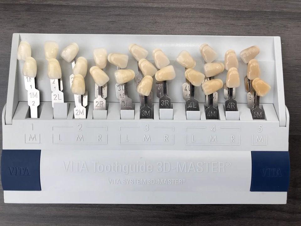 ПГБХ - Цветовая шкала для подбора оттенков зубов