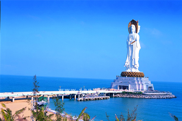 Богиня Милосредия - достопримечательность Саньи